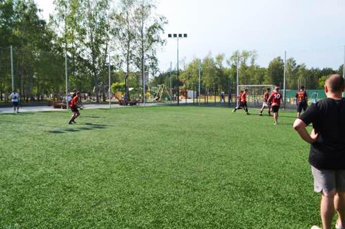 Нижнекамцы пожаловались на разметку на футбольном поле в парке «СемьЯ»