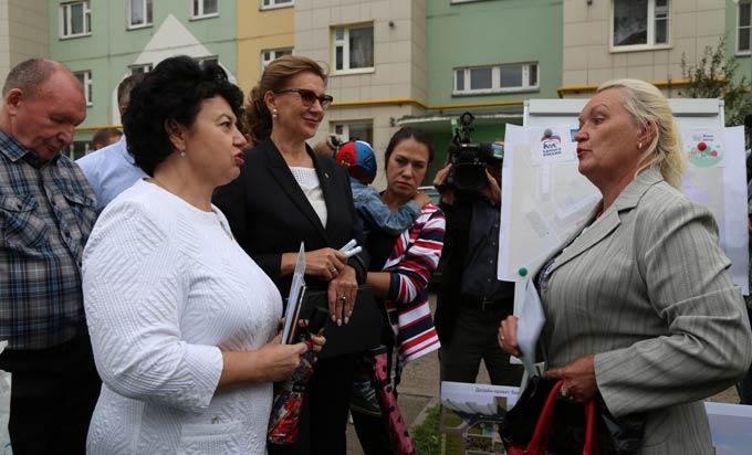 «Единая Россия» начала обсуждать стандарт двора вместе с жителями