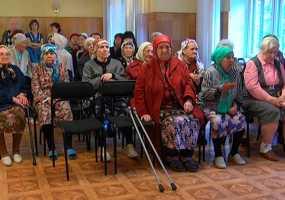 Жители Дома ветеранов в Нижнекамске встретились с представителями ЖКХ