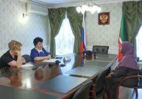 Лилия Маврина на приеме граждан обсудила вопросы льготного лекарственного обеспечения и жилья для многодетных