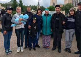 В Нижнекамске первая группа паломников отправилась в хадж