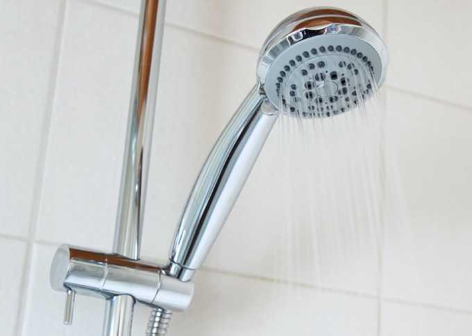 В Нижнекамске в 21 многоэтажке на неделю отключат горячую воду