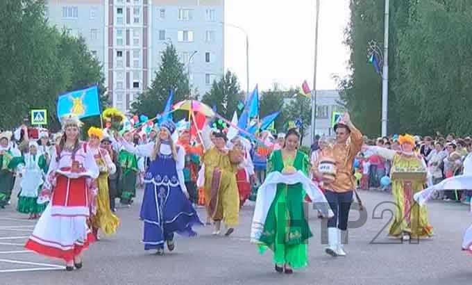 Экстремальное шоу «Титаны» увидят жители Камских Полян на День города