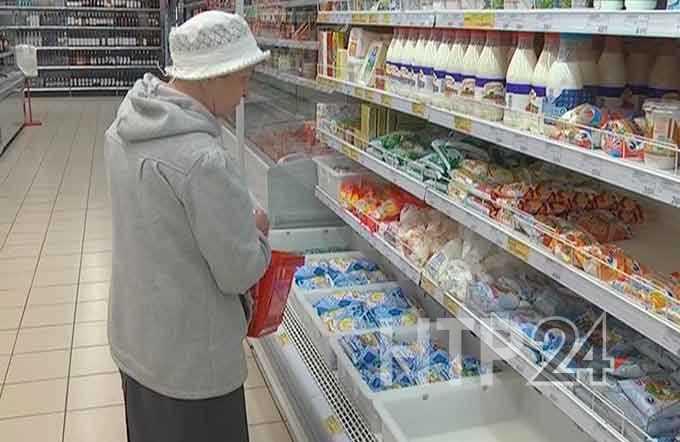 Жители Татарстана в числе тех, кто меньше всех в стране тратит денег на покупку еды
