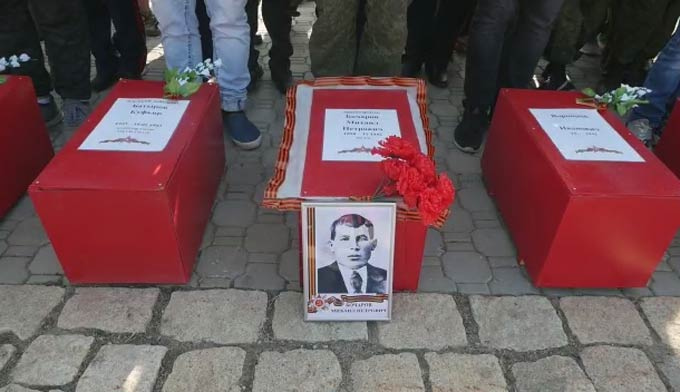 Поисковики нижнекамского «Нефтехимика» приняли участие в торжественном захоронении найденных солдат