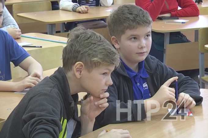 Чем грозит детям и подросткам учеба в школе