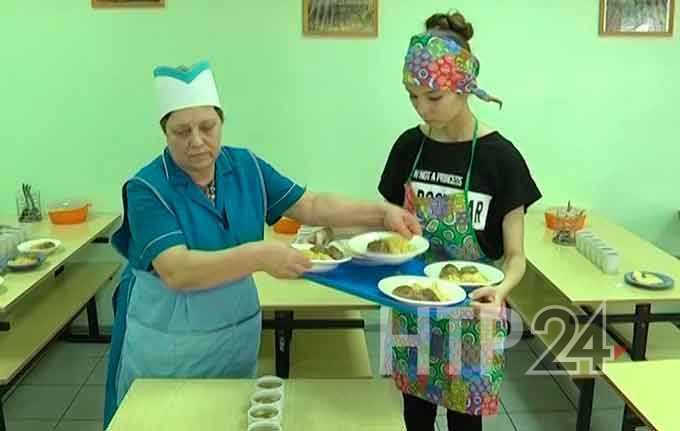 Будут ли кормить школьников Нижнекамска фастфудом?