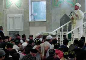 Почти 5 тыс верующих жителей Нижнекамского района встретили Курбан-байрам в мечетях