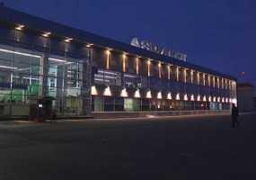 В нижнекамском аэропорту Бегишево опровергли информацию о задымлении на борту Sukhoi Superjet 100