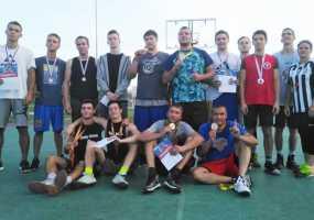«Чёрная мамба» выиграла стритбольный турнир в Нижнекамске