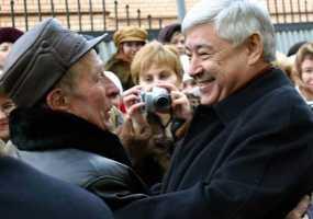 Мухаметшин предложил жителям Татарстана рассказать о любимых учителях в соцсетях
