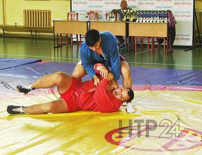 В Нижнекамске прошёл осенний чемпионат общества «Динамо» по самбо