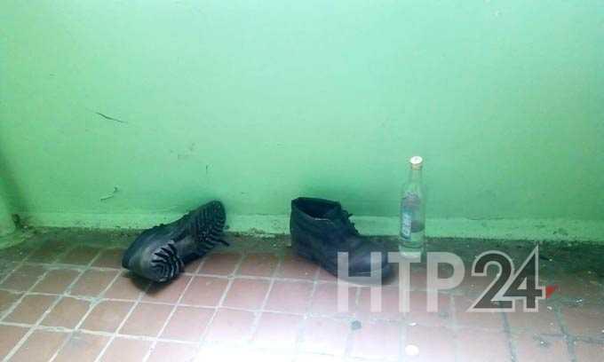 В Нижнекамске мужчина попытался пробраться в квартиру через балкон и сорвался вниз