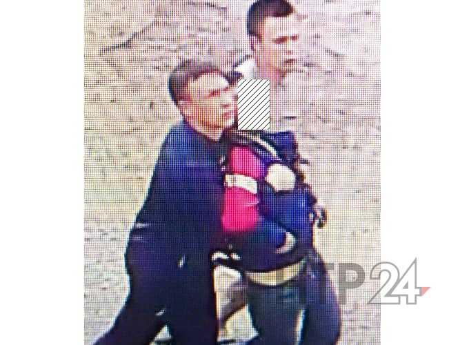В Нижнекамске двое молодых людей украли ноутбук из квартиры