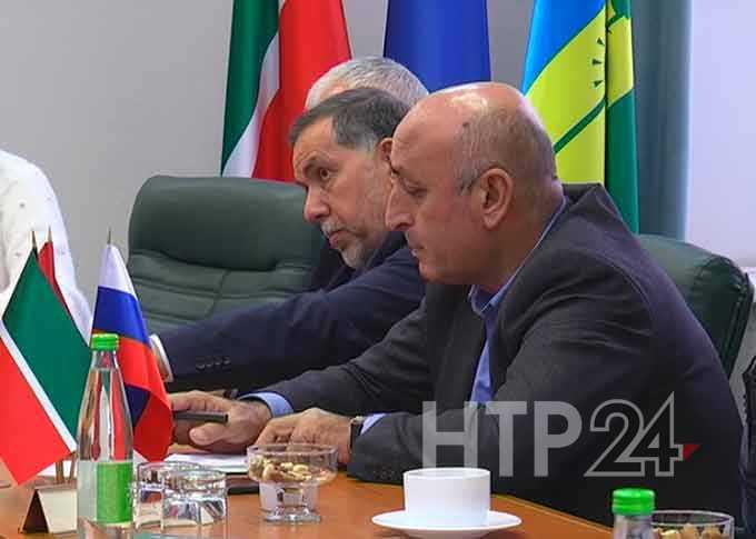 Айдар Метшин рассказал гостям из Турции о возможности стать резидентами ТОСЭР