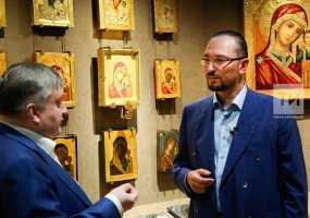 Коллекционер Сорокин выставит в музее икону, которую носили на закладку зданий в Казани в начале XX века