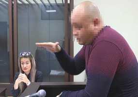 «С горла, полбутылки» - в Нижнекамске судят водителя, угробившего пассажира