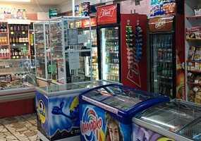 Ночные грехи пивнушек: в Нижнекамске продолжают продавать алкоголь после 22 часов