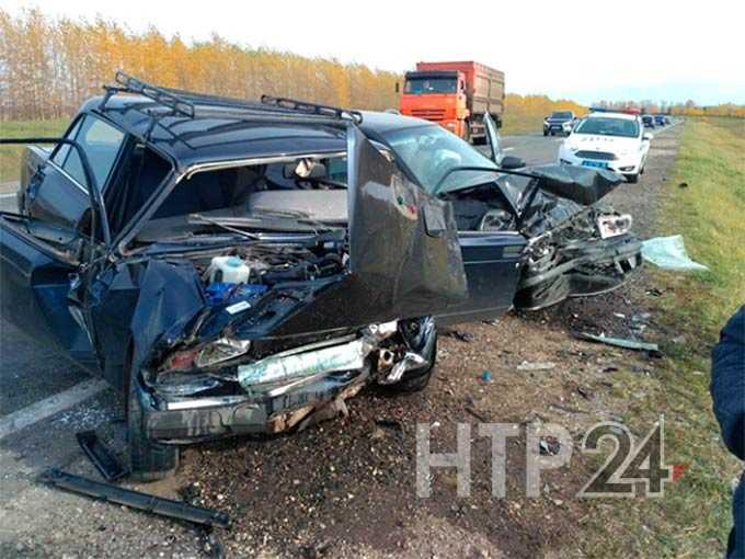 В Нижнекамском районе в страшной аварии погибли две женщины