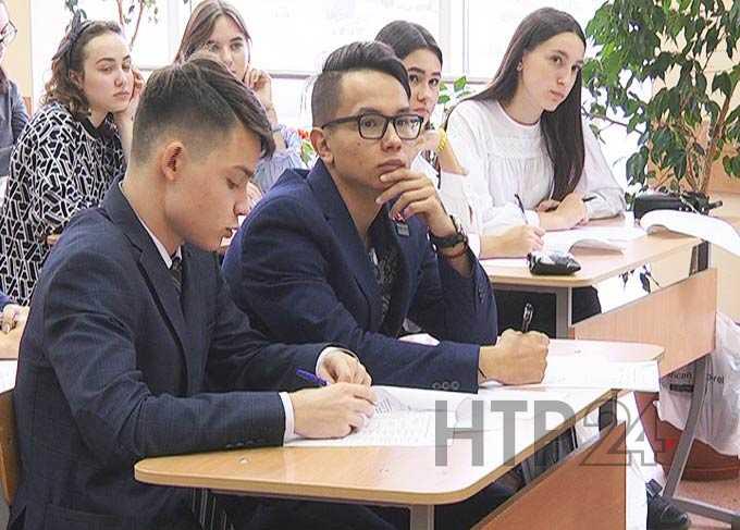 Всероссийский экономический диктант в Нижнекамске написали 250 человек