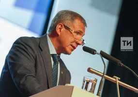 Минниханов определил лауреатов премий за вклад в развитие институтов гражданского общества в РТ
