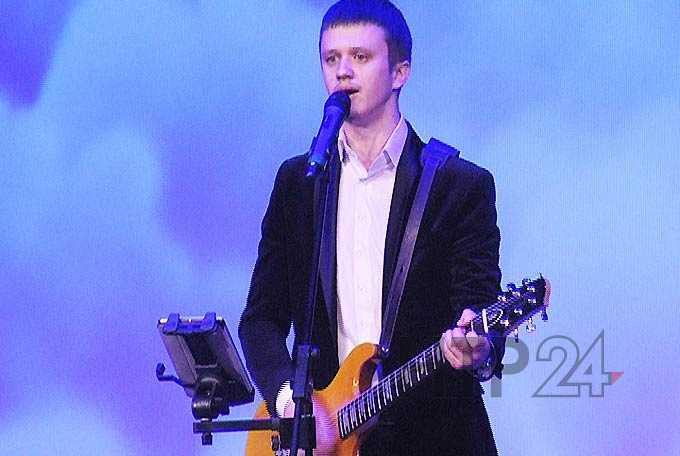 Помощь онкобольному ребенку оказали участники благотворительного концерта в Нижнекамске