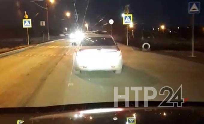 Нижнекамец предлагает заменить лежачих полицейских на светофор на участке, где постоянно образуется пробка