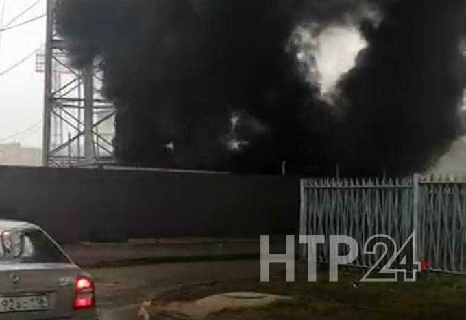 На футбольном стадионе в Нижнекамске случился пожар