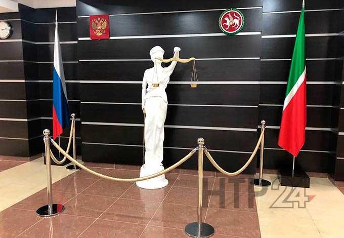 В Нижнекамском районе почтальон обобрала сельчан на 300 тыс рублей и уехала на море