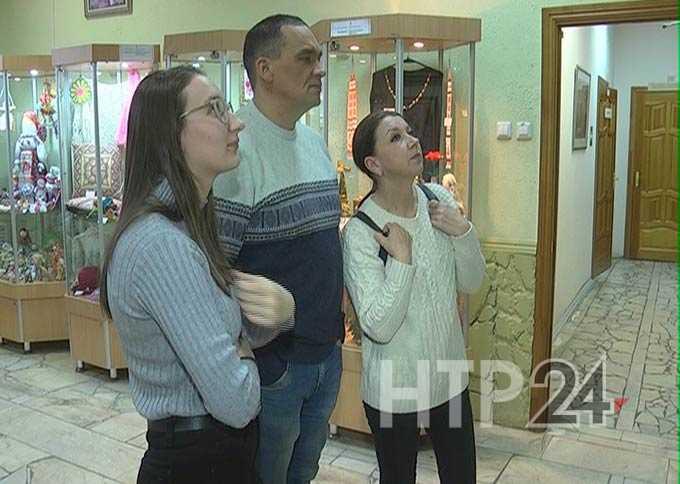 Русское общество Нижнекамска организовало выставку народных умельцев