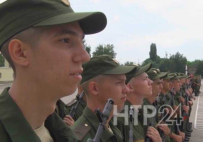 Торговые центры Нижнекамска скрывают от военкомата призывников