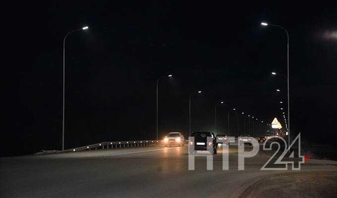 В Нижнекамске на пригородной трассе впервые зажглись фонари