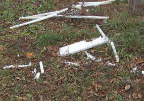 Нижнекамцы обнаружили свалку ртутных ламп около детского сада
