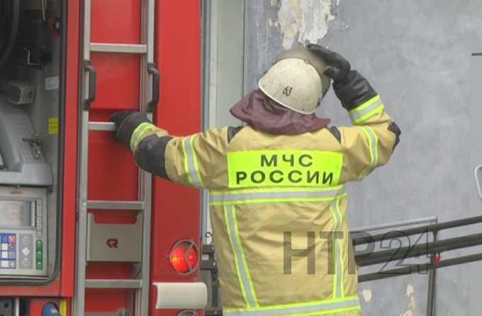 В Нижнекамске на пожаре чуть не погибли двое детей