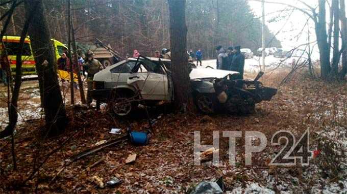 В Нижнекамске водитель, попав в ДТП, сломал позвоночник