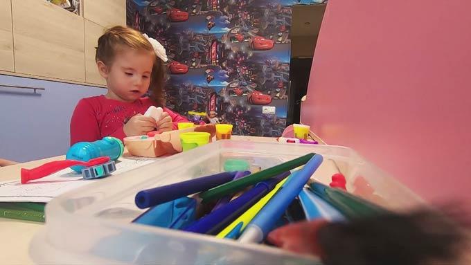 Юная жительница Татарстана из-за синдрома мёбиуса не может улыбаться и моргать