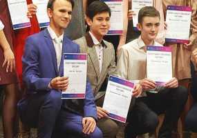 В Нижнекамске в День добровольцев наградили лучших волонтеров