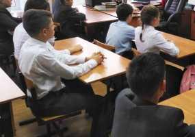 Родителям станет проще устроить детей в одну и ту же школу или детский сад
