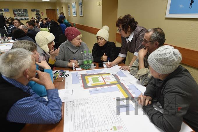 Жители Нижнекамска обсуждают масштабный проект «Наш двор»