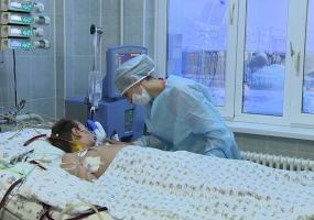 В Татарстане ребенку с двухсторонней пневмонией и заражением крови собирают деньги на лечение