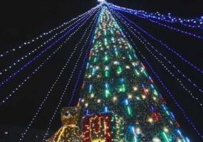 Нижнекамск не стал победителем в конкурсе на лучшее новогоднее оформление