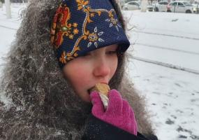 Нижнекамцев в День воинской славы России накормили блокадным хлебом