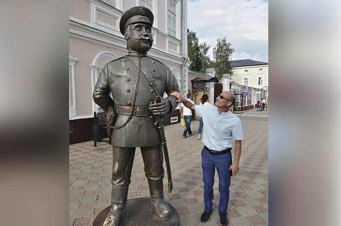 Владислав Казанцев