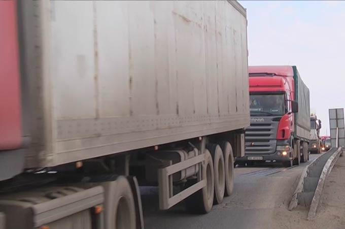На региональных дорогах Татарстана ограничат движение большегрузов