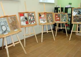 В библиотеке Нижнекамска открылась выставка юных художников