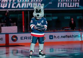 Хоккейный клуб «Нефтехимик» вместе с болельщиками исполнит песни военных лет