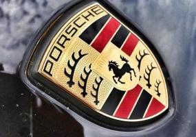 Рэкетиры из Татарстана захватили Porsche Cayenne и его владельца