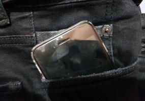 Телефон взорвался прямо в руках у 11-летнего ребенка