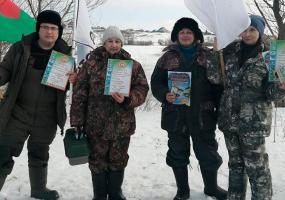 В Нижнекамске медицинские работники посоревновались в ловле рыбы