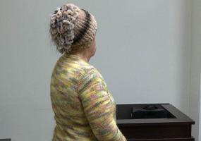 В Нижнекамске женщина судится с гадалкой